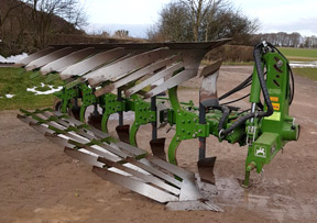 Amazone Cayros XMS Vari-width 5-furrow plough, slatted mouldboards for sale